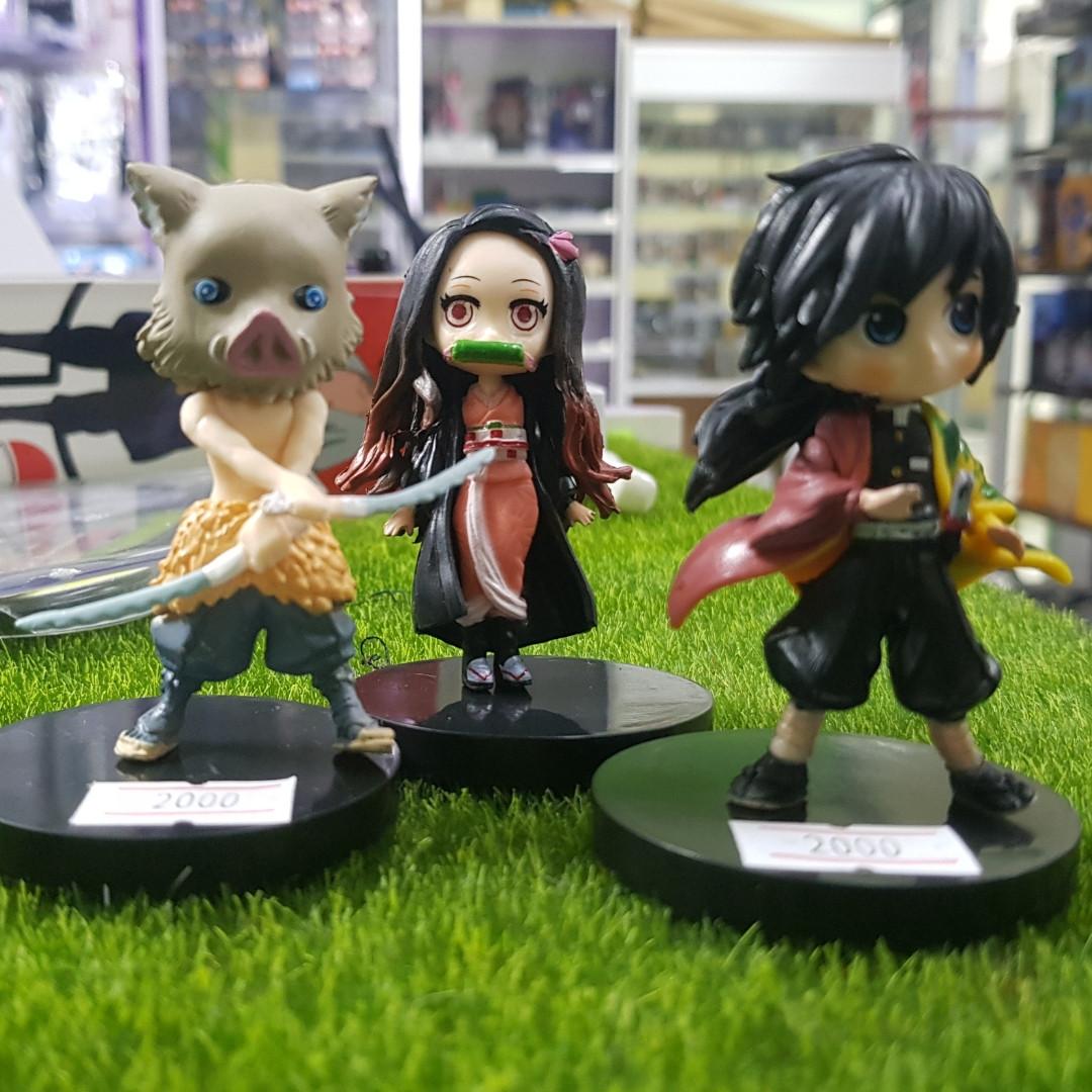 Маленькие статуэтки по аниме Клинок рассекающий демонов