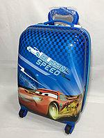 Детский пластиковый чемодан для мальчика,с 4-х до 7-и лет.Высота 46 см, ширина 32 см, глубина 22 см., фото 1