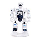 Робот радиоуправляемый «Макс», световые и звуковые эффекты, работает от батареек, фото 2
