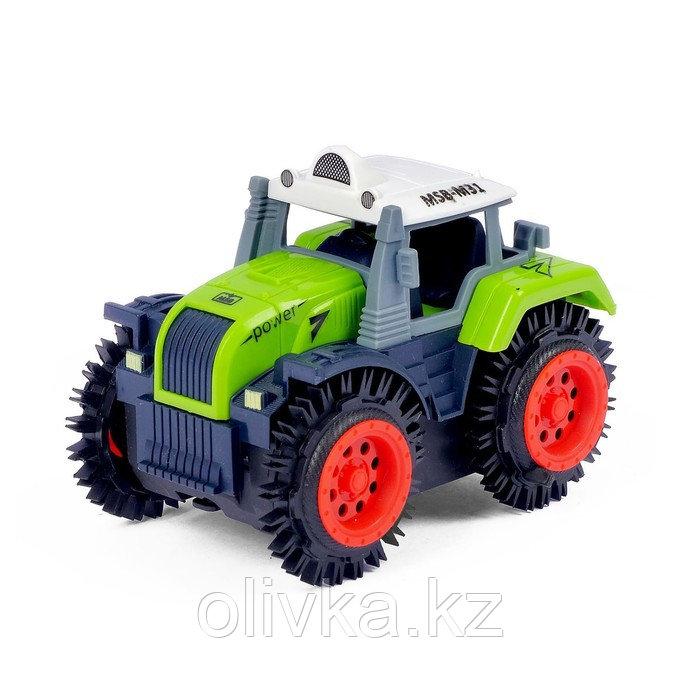 Трактор-перёвертыш «Хозяин фермы», работает от батареек, в пакете