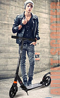 Самокат Urban с двумя амортизаторами ручной тормозом черный