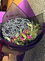 Ягодный букет с тюльпанами XL