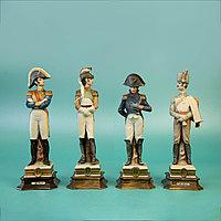 Офицеры Наполеона. Автор Bruno Merli Фарфоровая мануфактура Capodimonte