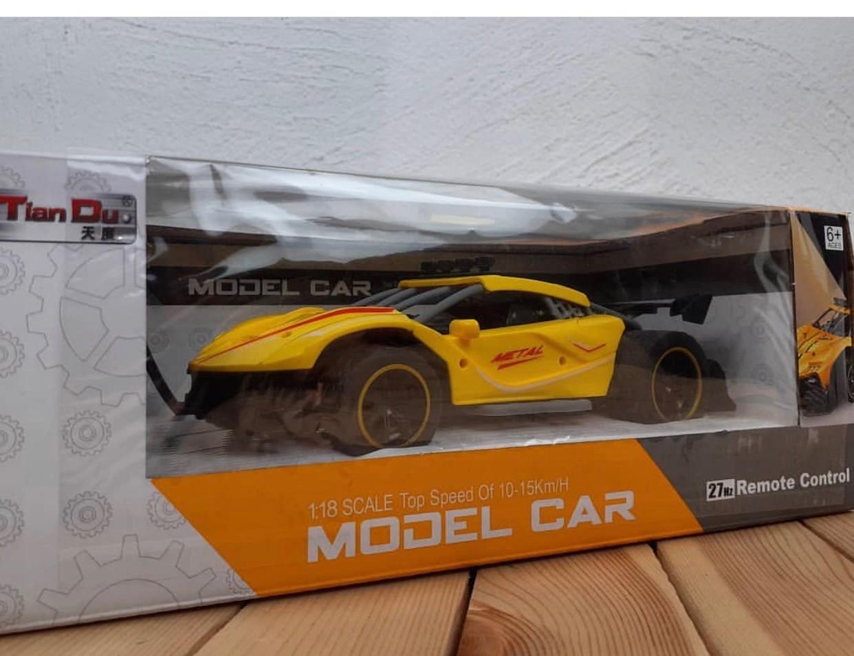 Машина на пульте Modеl Car