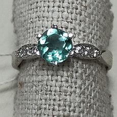 Кольцо с зеленым аметистом 17размер