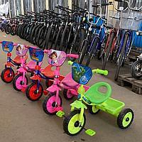 Трехколесный велосипед для самых маленьких 068
