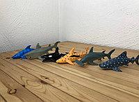 Резиновые акулы и касатки