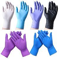 Нитриловые перчатки в ассортименте.