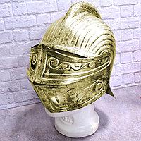 Рыцарский шлем с подвижным подъемным забралом с защитой затылка бутафория медный