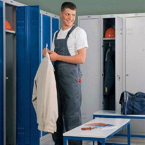 шкафы для раздевалок и гардеробов