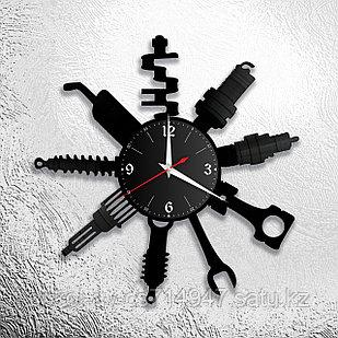 Настенные часы из пластинки СТО, подарок автомеханику, автослесарю, шиномонтажнику, 0528