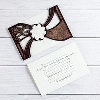 Деревянная открытка-приглашение 'Свадебная' белый цветок