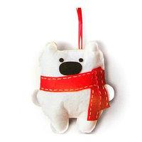 Набор для создания подвесной ёлочной игрушки из фетра 'Миша в шарфике'