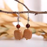 Серьги ручная работа, деревянные 'Камешек', цвет коричневый