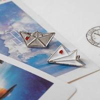 Набор значков (2шт) 'Кораблик и самолёт', цвет красно-белый в серебре