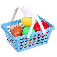 Набор продуктов в корзине