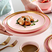 Розовый керамический набор скандинавской посуды