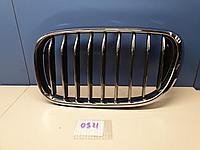 51137357011 Решетка радиатора левая для BMW 7 G11 G12 2015- Б/У