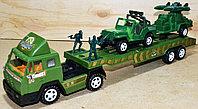 Немного помятая!!!  SY871 Военный трейлер Military Truck джип с техникой и два солдата в колбе 45*14, фото 1