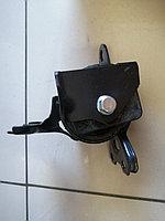 Подушка двигателя левая Outlander XL 2007-2010