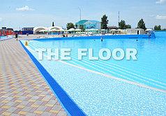 Покрытие для зон вокруг бассейнов и душевых