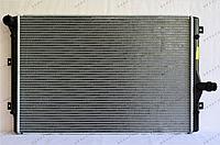 Радиатор охлаждения GERAT VV-107/2R VW Golf V-VI пок., Passat B6, B7
