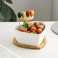 Керамическая фруктовая тарелка в форме сердца