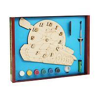 Часы с циферблатом под роспись «Танк» с красками