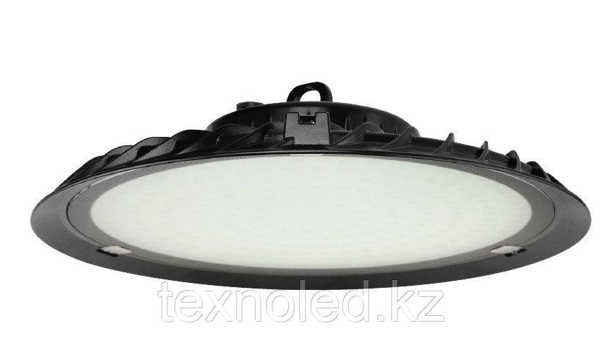 Купольный прожектор 200 W со встроенными диодами