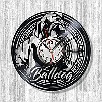 Настенные часы из пластинки собака щенок Бульдог, подарок владельцам, фанатам, любителям, 1606