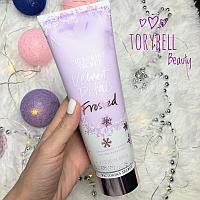 Лосьон Victoria's Secret Velvet Petals Frosted парфюмированный, 236 мл