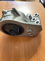 Кронштейн опоры двигателя MR316995