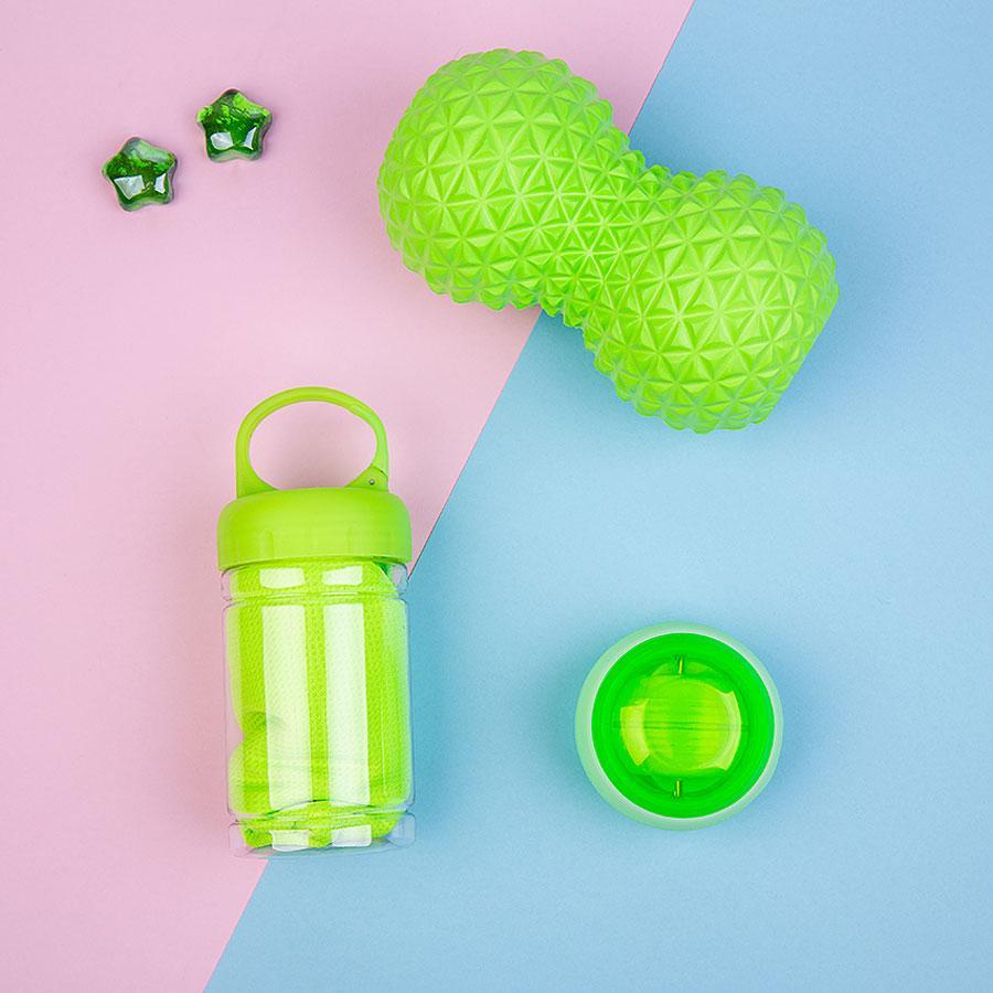 Набор подарочный SHAPEME: массажер, тренажер, полотенце, коробка с наполнителем, зеленое яблоко