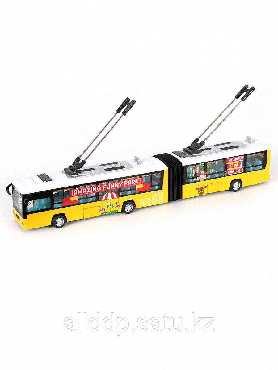 Модель троллейбуса с гармошкой 1:48 (42см) свет, звук, инерция 68428