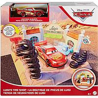 Cars / Тачки Игровой набор Магазин шин Луиджи, Молния МакКуин