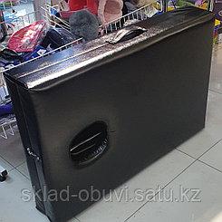 Кушетка массажная с вырезом складная / переносная / чемодан
