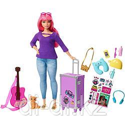 Mattel Barbie Кукла Дейзи с котенком в пути FWV26