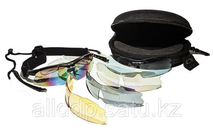 Спортивные очки Oakley с поляризацией. Комплект