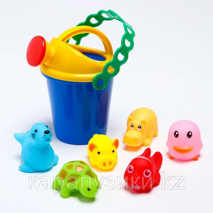 Игрушки для купани с лейкой