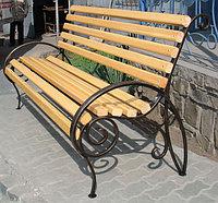 Скамейки со спинкой из металла