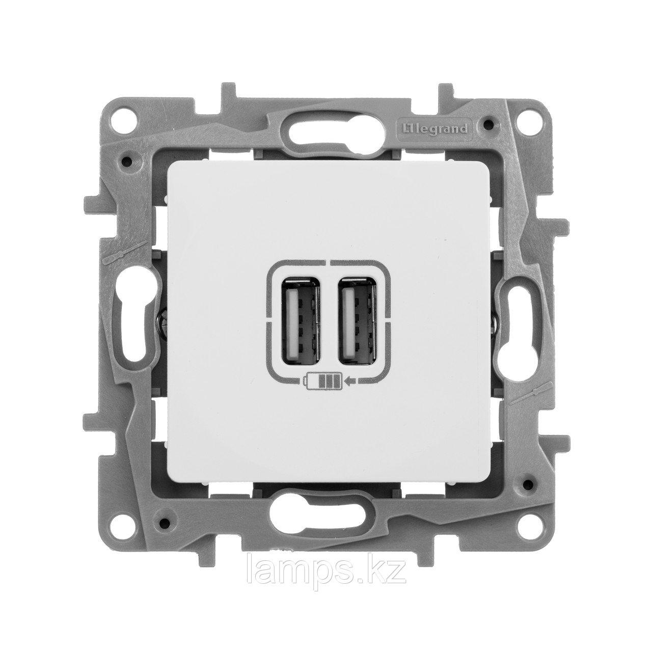 Зарядное устройство с двумя USB-разъемами 240В/5В 2400мА - Etika - белый