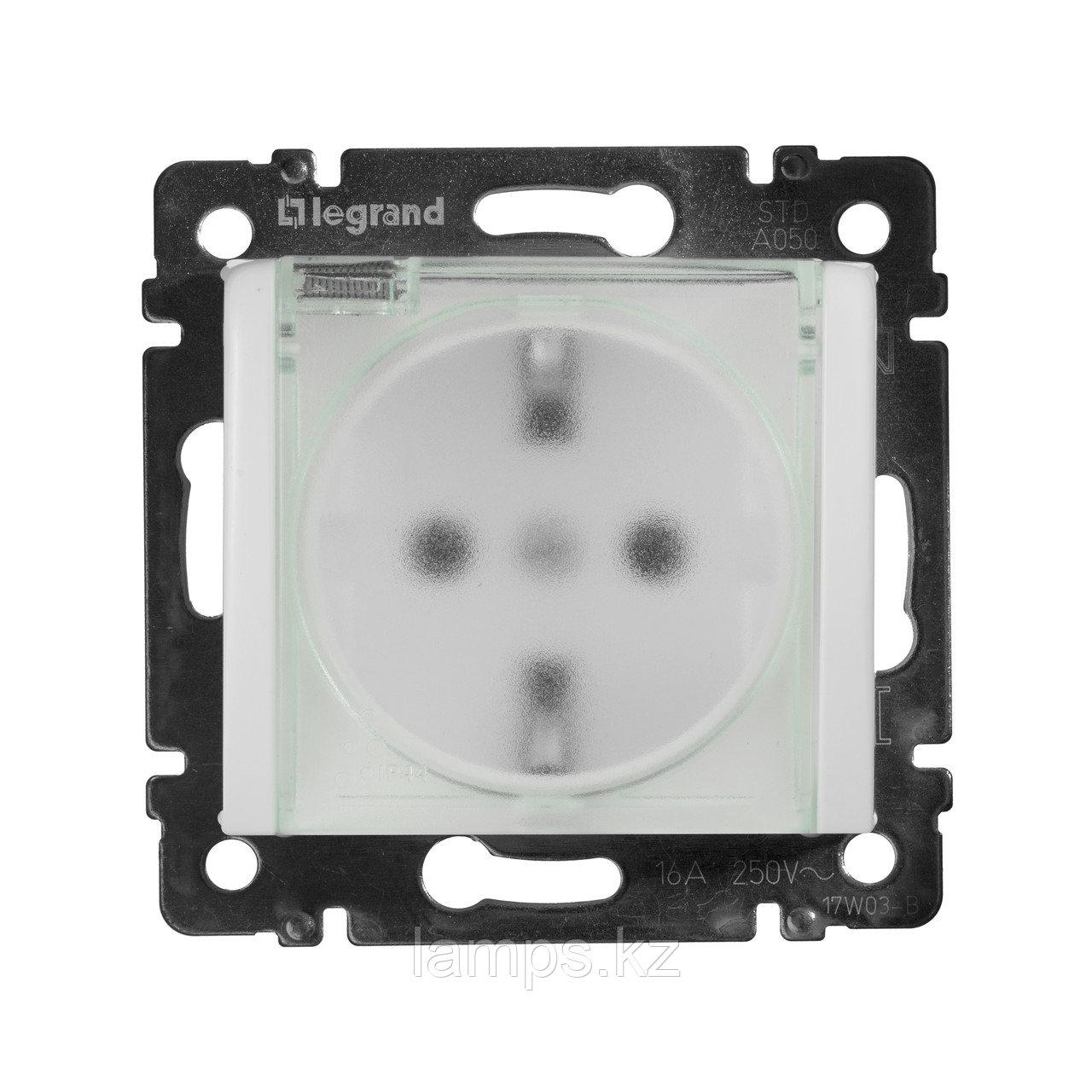 Розетка - Valena - IP 44 - немецкий стандарт - 2К+3 - с крышкой и защитными шторками - White