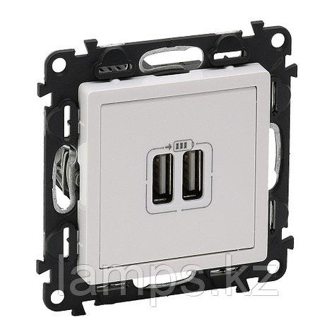 Зарядное устройство с двумя USB-разьемами 240В/5В 1500мА.С лицевой панелью.Белое, фото 2