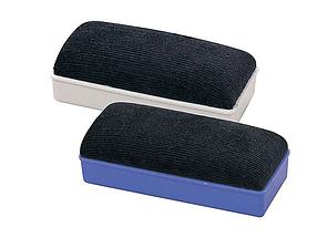 Губка магнитная для маркерных досок Deli 145 x 60 мм.