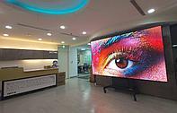 Коммерческий LED экран для конференц зала и/или переговорной. LED TV 108''