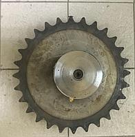 Цепное колесо с валом 85513031/85513030