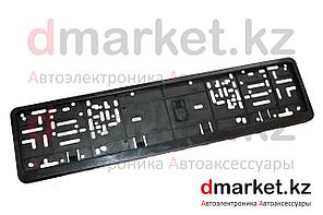 Рамка для номера Евро, пластик, черная, на защелках, площадка для логотипа