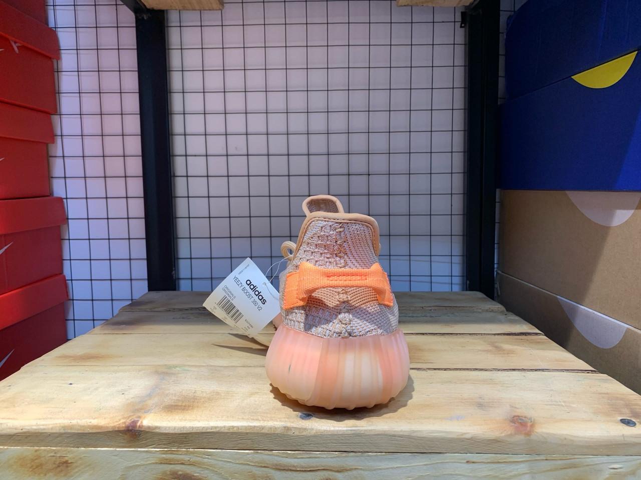Кроссовки Adidas Yeezy Boost 350 V2 Clay - фото 4