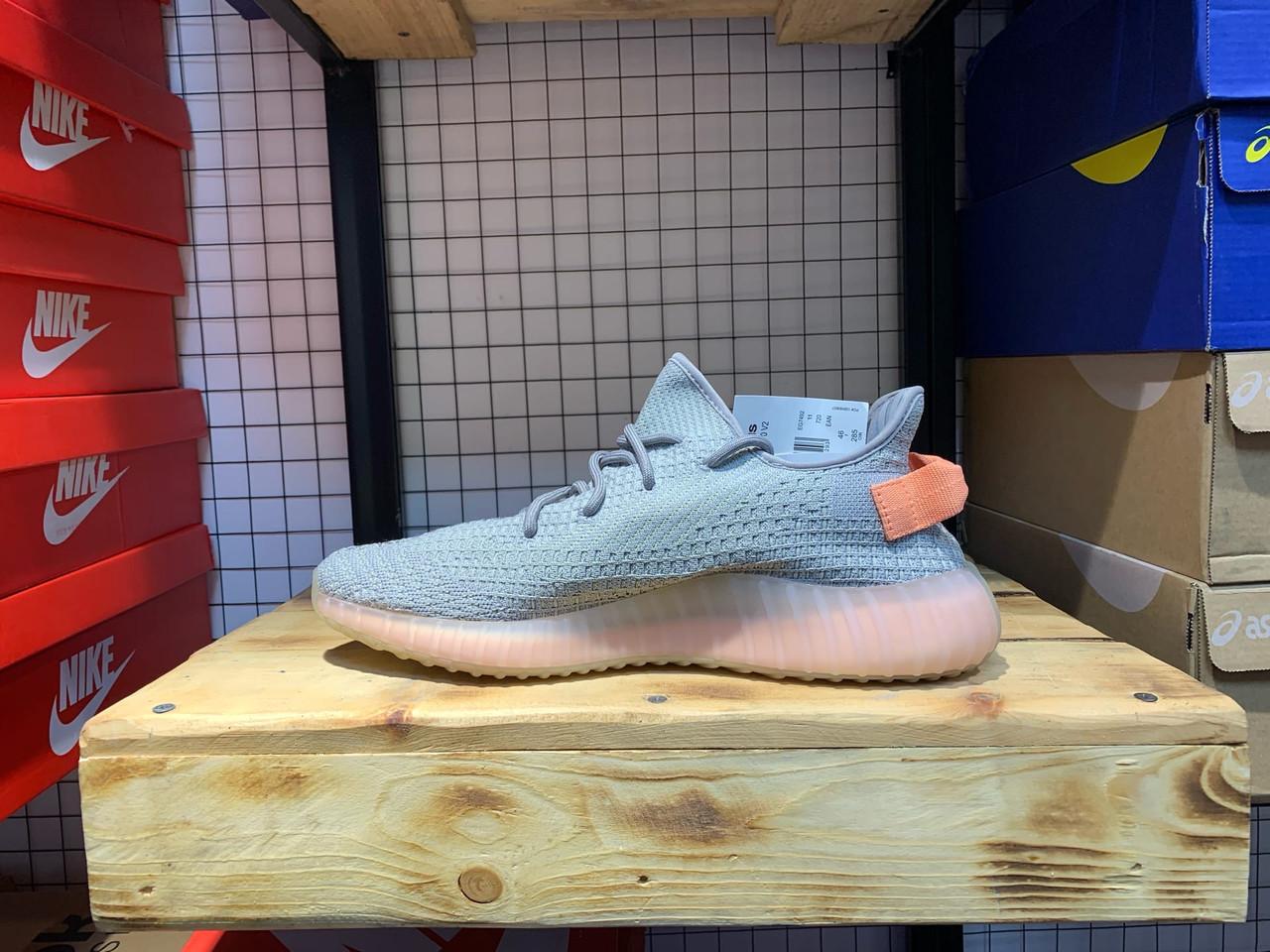 Кроссовки Adidas Yeezy Boost 350 V2 - фото 3