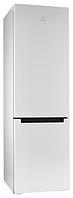 Холодильник Indesit DFE 4200 W, белый